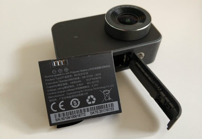 Xiaomi_Mijia_recensione_batteria-1 Recensione Xiaomi Mijia action cam 4k touchscreen