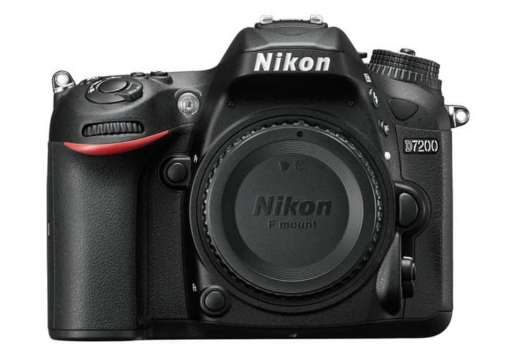 Nikon-D7200-front-img Nikon D7200 annunciata il 1 marzo